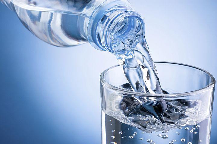 Woda alkaliczna i jej właściwości