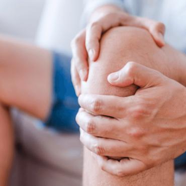 Zdrowie Koralowe cover knee pain 1 370x370