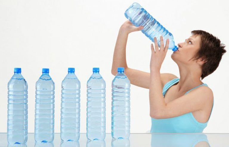 Nadmiar wody w organizmie – jak się go pozbyć