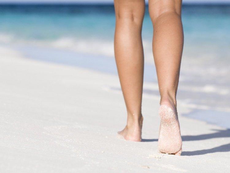 Skuteczne sposoby na opuchnięte nogi